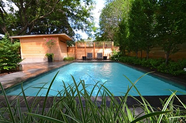 Zen like swimming pool in toronto urban oasis for Zen pool design