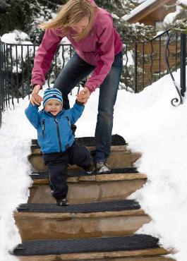 HeatTrak Snow Melting Mats Make Snow Disappear