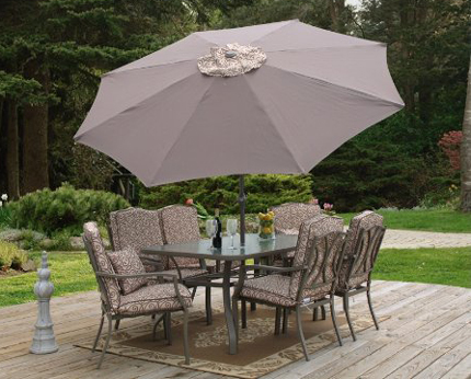 Essentials Of Outdoor Dining