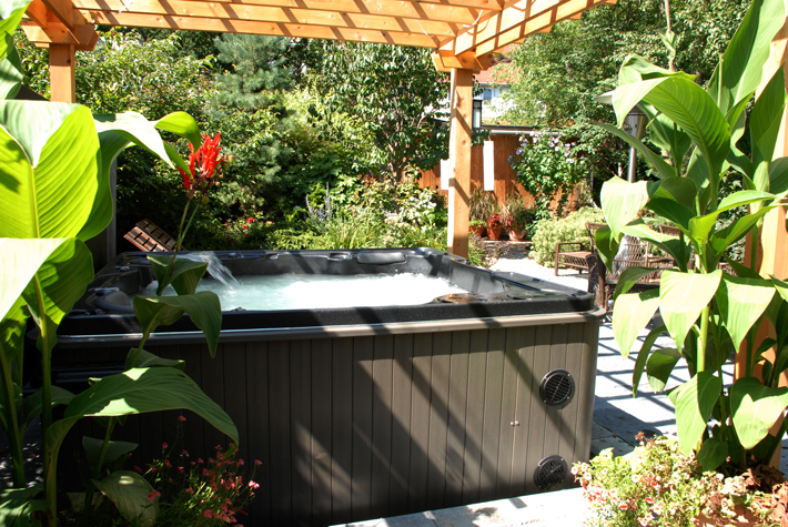 Ideas For Landscaping Your Hot Tub