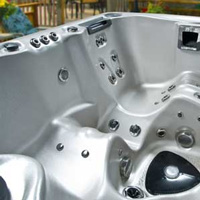 What Is a Self-Cleaning Hot Tub?