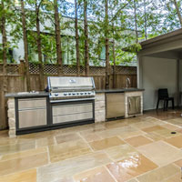 Can You Put an Outdoor Kitchen on a Deck?