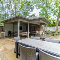 What is Indoor-Outdoor Living?