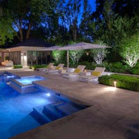 Do Outdoor Lights Need Special Bulbs?