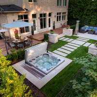 4 Stunning Ways to Incorporate a Hot Tub into Your Backyard