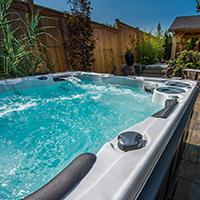 Can Coronavirus Live in A Hot Tub